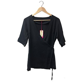 * WRAP OVER TUNIC BLACK SIZE 8